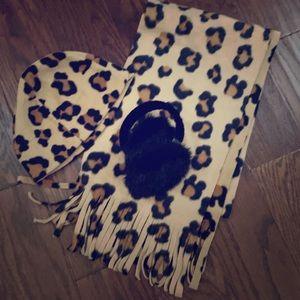 Leopard Fleece Hat Scarf Fur/Velvet Earmuffs Set